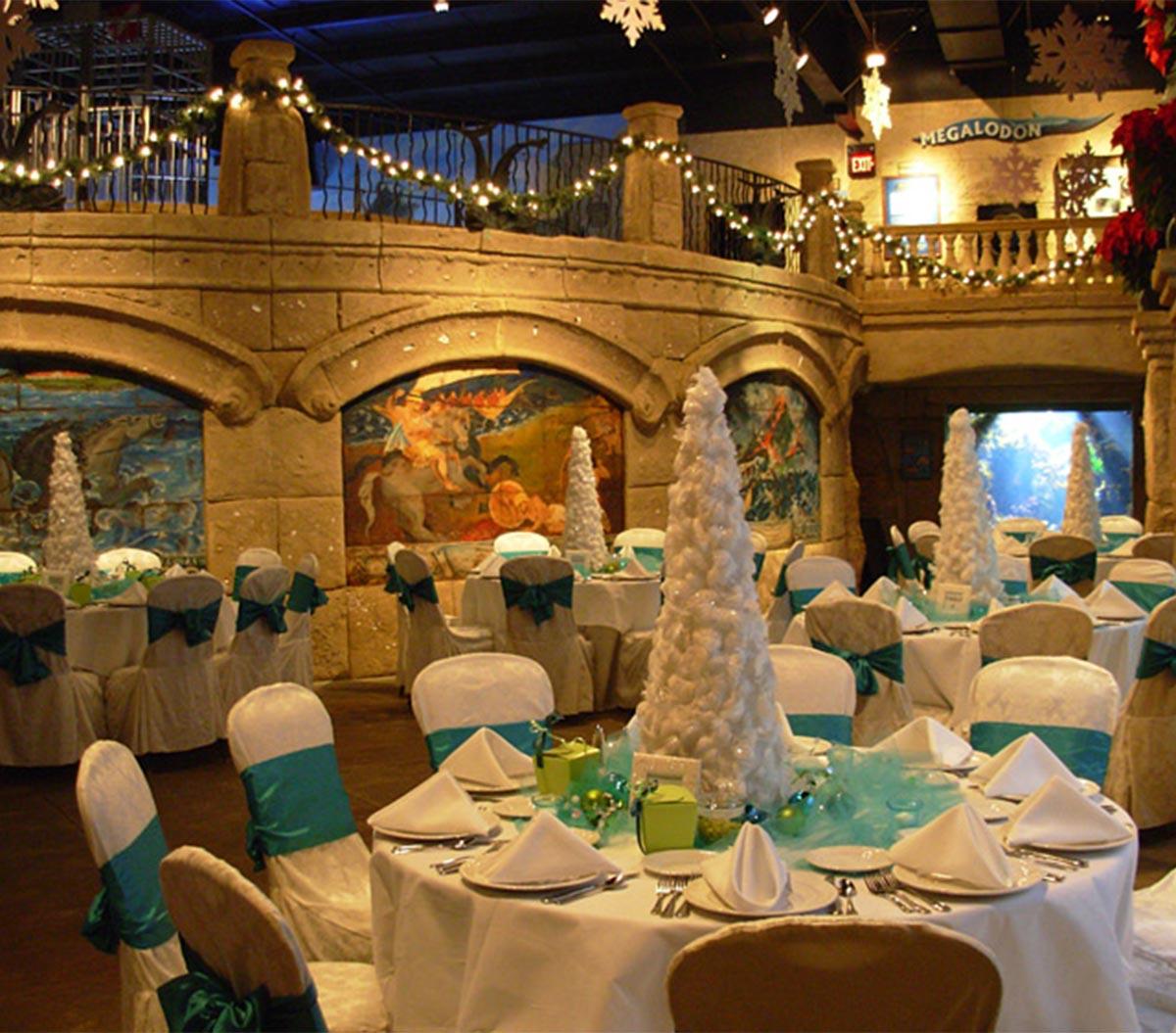 Proms & Senior Banquets